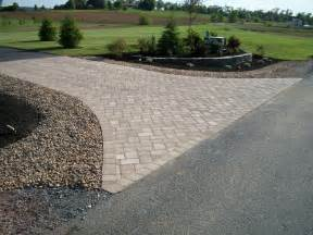 landscaping ideas on pinterest driveway landscaping