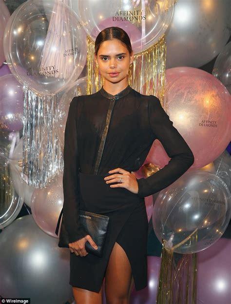 samantha harris wants to become a victoria s secret model samantha harris stuns on vmaff s next launch runway