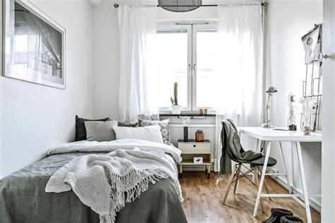 small minimalist bedroom ideas  pinterest