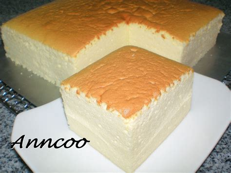 Japanese Cotton Cheesecake With Strawberry 1 cecile spot japanese cheese cake recipe
