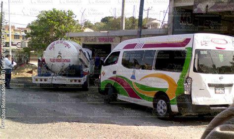 el da que dej b0765zx4tj 161 aparatosa carambola vehicular gasero se impacta contra urban y un taxi en tantoyuca diario