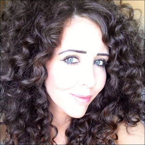 haircuts for thick frizzy hair pictures hairstyles for medium length thick curly hair hollywood
