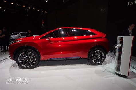 mitsubishi coupe mitsubishi confirms cuv coupe for 2017 will slot above