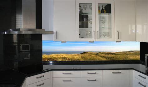 küche countertops kosten k 252 che glasr 252 ckwand k 252 che gr 252 n glasr 252 ckwand k 252 che