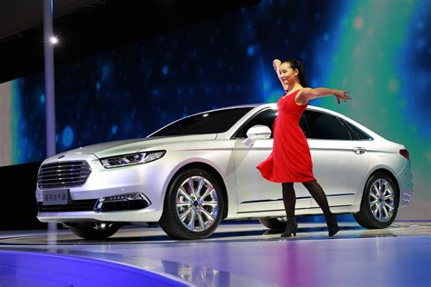 future ford taurus ford s all new taurus reveals its rear assets in shanghai