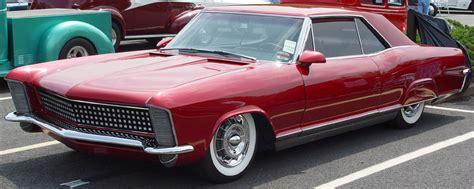 Buick Pontiac Gmc Buick Riviera 2485286