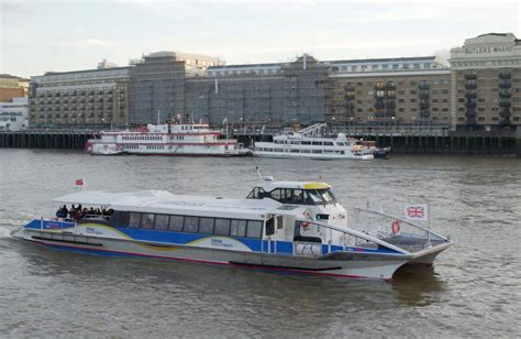 thames river boat accommodation boat accommodation floating hotels in london stay in