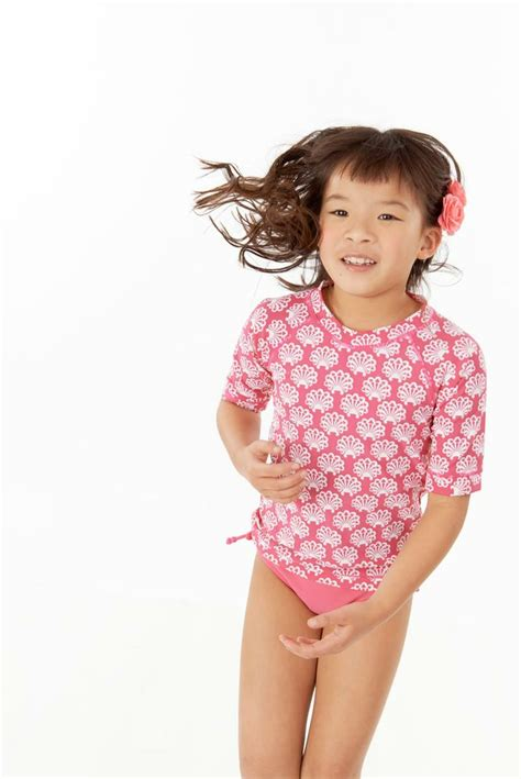 Models Not Just A Pretty by Cover Me Sunshirt In Clover Pink Print For