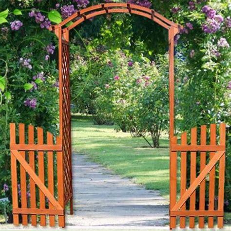 arco in legno per giardino arco grigliato in legno con cancello da a bergamo