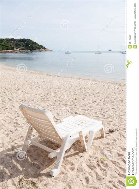 bench on the beach bench on the beach stock photo image 56743303