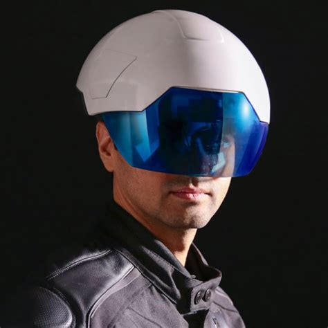 motorcycle helmet augmented reality the daqri smart helmet is bringing augmented reality to