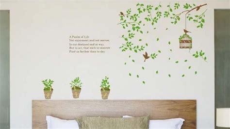 desain kamar dengan stiker dinding mau desain kamar sambil berhemat 3 cara ini sering