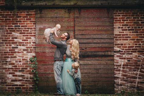 fall family photos mint color scheme with amanda nicole
