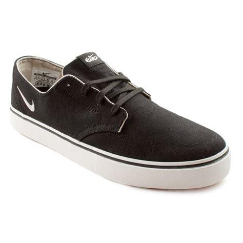 Sepatu Nike Braata Lr Canvas 6 0 nike 6 0 braata lr canvas shoes evo outlet