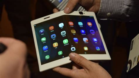 Tablet Phone Lenovo lenovo shows bendable phones tablets news opinion pcmag