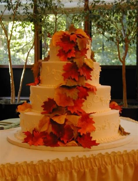 fall wedding cakes wedding decor pretty fall wedding cakes