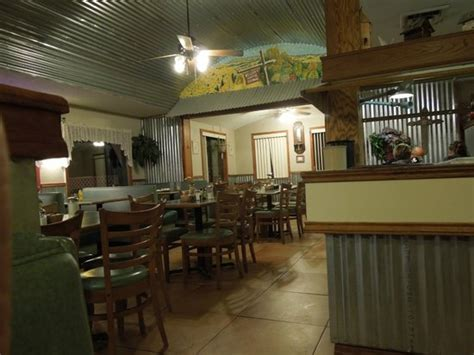 st rest country kitchen and janelle s country kitchen restaurant reviews