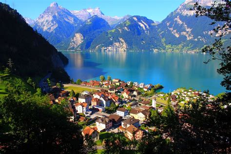 top 28 best lakes in america to live on america s best lake vacations travel leisure top