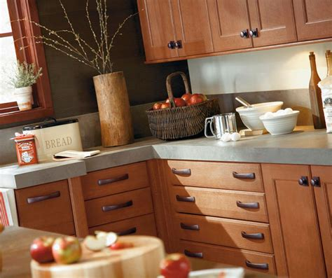 Rustic Kitchen Cabinets in Rift Oak   Kitchen Craft Cabinetry