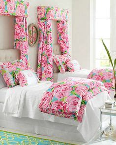 Lilly Pulitzer Room Decor by 1000 Images About Bedding On