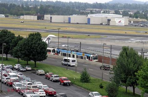Go Section 8 Portland Oregon by Portland Max Gt Portland Airport