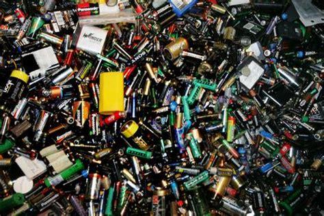 140951465x pourquoi faut il recycler pourquoi faut il recycler les piles usag 233 es h2 blog