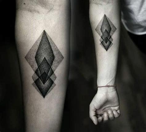 geometrische tattoos bilder 40 fantastische varianten geometrische tattoos bilder 40 fantastische varianten