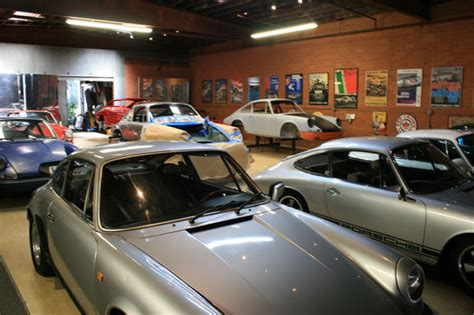 magnus walker garage magnuswalker911 the garage