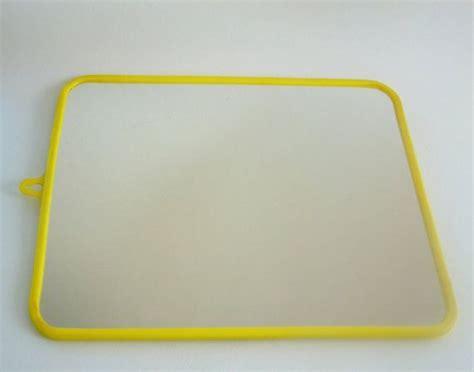 Gerahmte Badezimmerspiegel by Alte Franz 246 Sische Badezimmerspiegel Gelbe Kunststoff