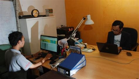 Alat Pakan Udang Otomatis alumnus itb unpad ciptakan mesin pintar pakan ikan