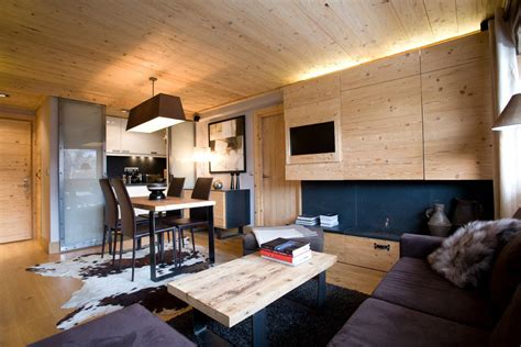 small apartment  natural wood elements idesignarch