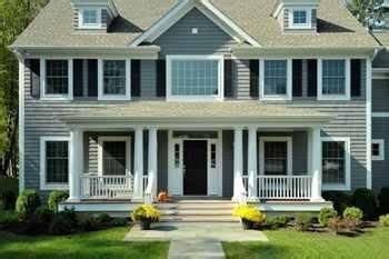 Colonial House With Farmers Porch by I Love The Look Of This Smaller Farmers Porch On A