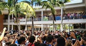 Food fight turns into riot at south florida high school