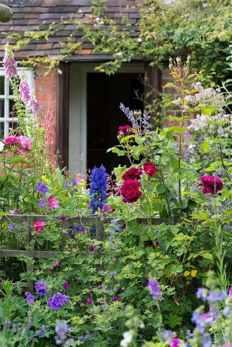 cottage gardens an cottage garden landscape magazine