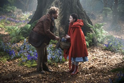 Into The Woods kendrick chris pine go into the woods in look at rob marshall s musical photos