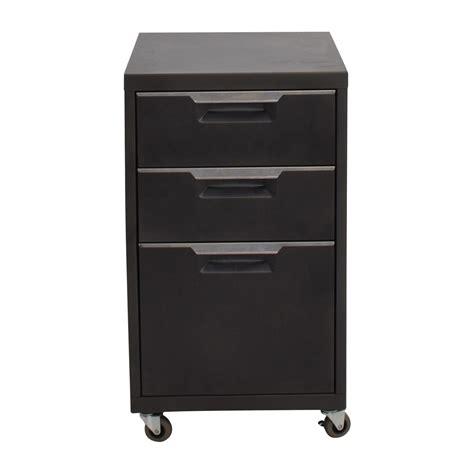 Cb2 Dresser by Cb2 Headboard Cb2 Cb2 Siesta Size Bed Price Cb2 Cb2 Avec Gray Tufted Sofa Second