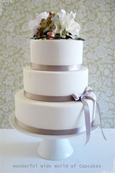 three tier pics for gt simple 3 tier wedding cakes