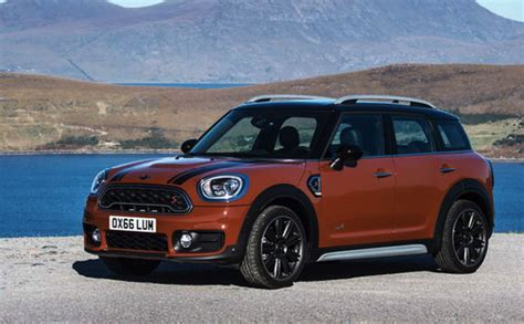 mini cooper countryman car and driver 2018 mini cooper countryman all4 1 5t manual review car