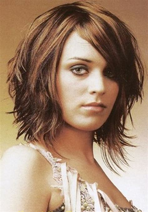 styling heavily layered hair bob haircuts for round faces medium layered bob for