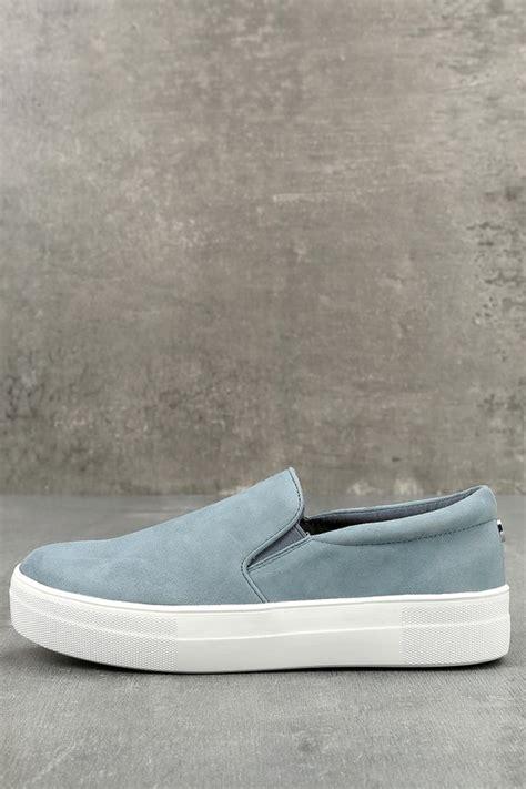 Steve Madden Gills by Steve Madden Gills Sneakers Blue Suede Sneakers