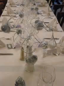 table mariage th 232 me blanc et gris photo de d 233 co