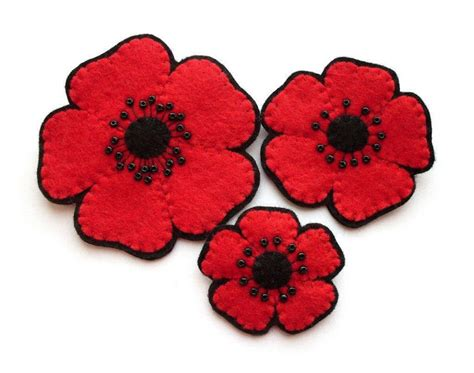 pattern for felt poppy bugs and fishes by lupin new in my shop felt poppies