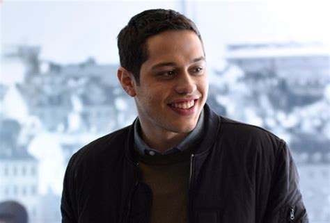 pete davidson house saturday night live pete davidson explains absence from