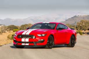 2016 ford shelby gt350r mustang review drive