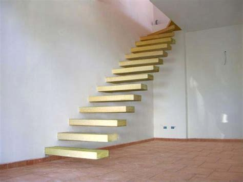 soppalco in legno o ferro rivestiti prezzi scale a giorno per interni ed esterni scale di pira