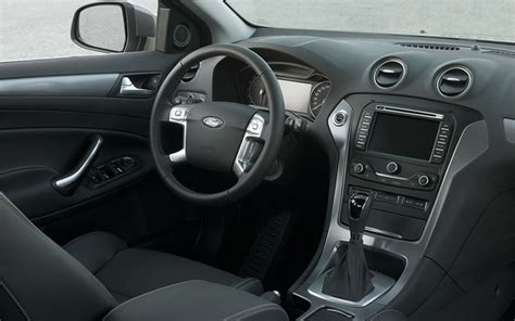 Ford Mondeo 2011 Interior by The 2011 Ford Mondeo A New Of Fuel Saver