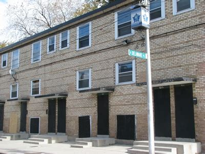 cabrini green row houses mayor continues search for new cha we the
