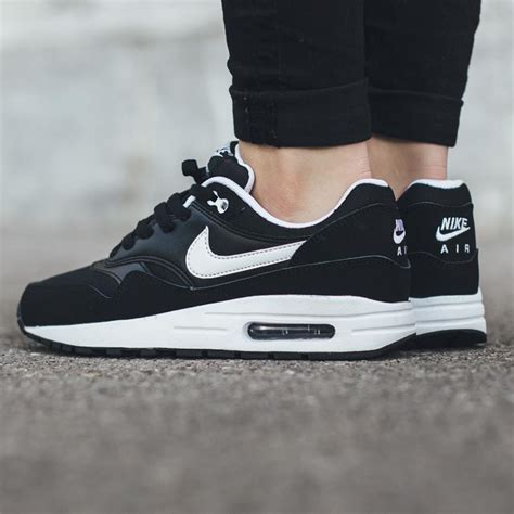 Nike Air Max One Black nike air max 1 gs black white soletopia