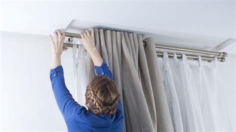 barra doble cortina colocar barra de cortina doble paso 1