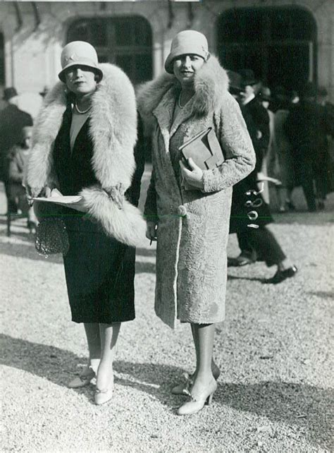 woman fashion mid 20s 1920s french fashion vintage everyday